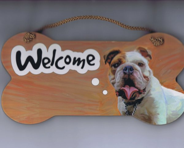 Bulldog – Welcome Hanging Sign-0
