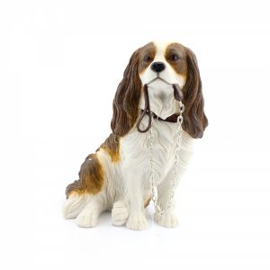 Cavalier King Charles Spaniel Sitting figurine (brown & white)-0